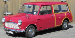 1961 Morris Mini Minor Traveller - Side tank model