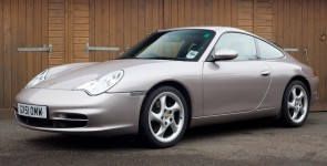 2001 Porsche Carrera 2 coupe Tiptronic