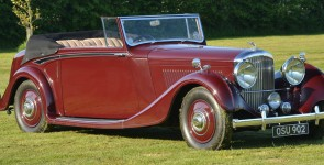1938 Derby Bentley 4.25 DHC by Hooper