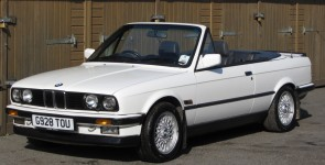 1989 BMW 320i Manual Cabriolet / Convertible