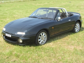 Mazda MX-5 Eunos Limited Edition M2 1001 Clubman Racer