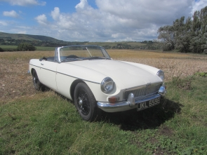 1967 MGB Roadster white Series one